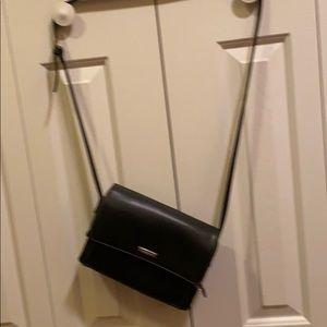 Liz cliaiborne cross body purse